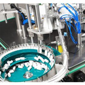 Automatyczna maszyna do napełniania i zamykania lakieru do paznokci